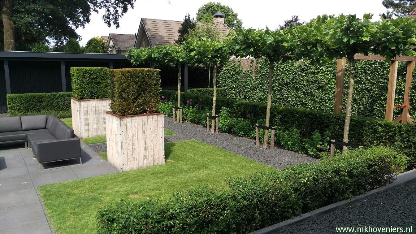 Moderne landelijke tuin mk hoveniers for Moderne tuin